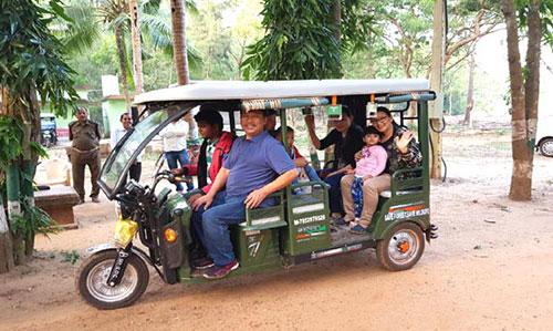 tourist at Nuanai Nature Camp