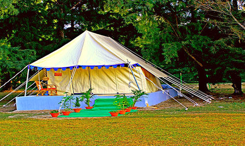 Tent house at Rajhans nature camp