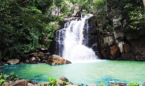 Mudubandha Waterfall- Nearby Destinations Daringbadi Nature Camp