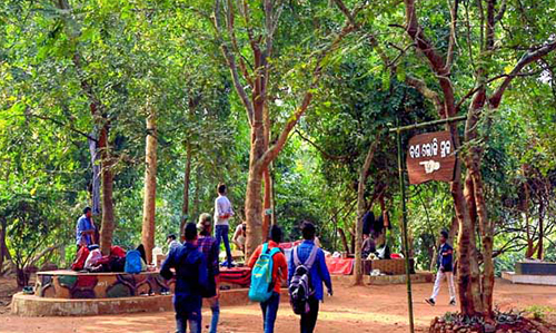 picnic spot Khandadhar Nature Camp